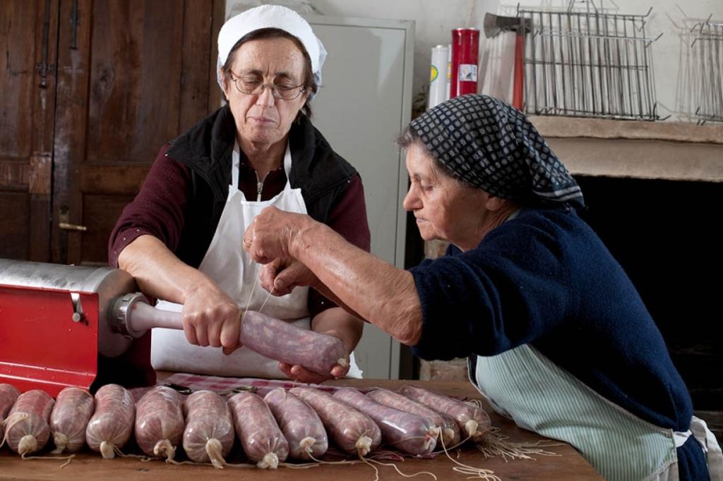 salsicce - lavorazione salsicciotto frentano