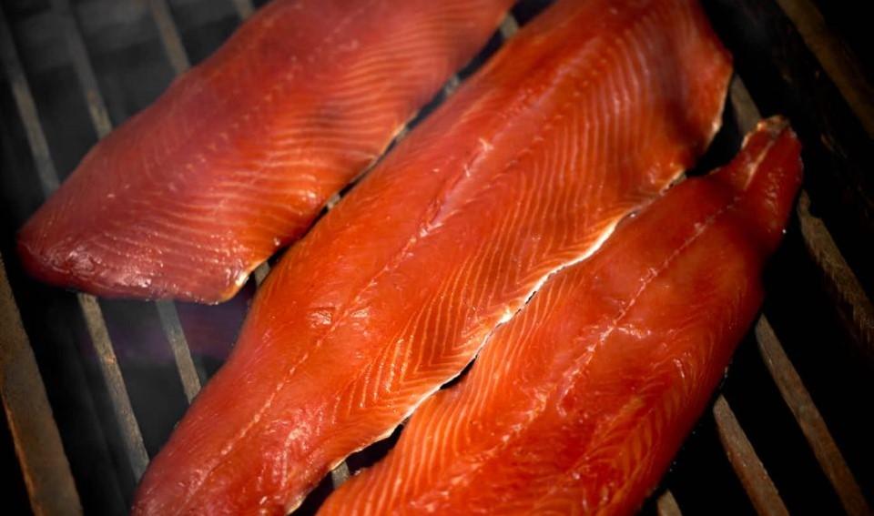 salmone-affumicato-pronto-960x1439