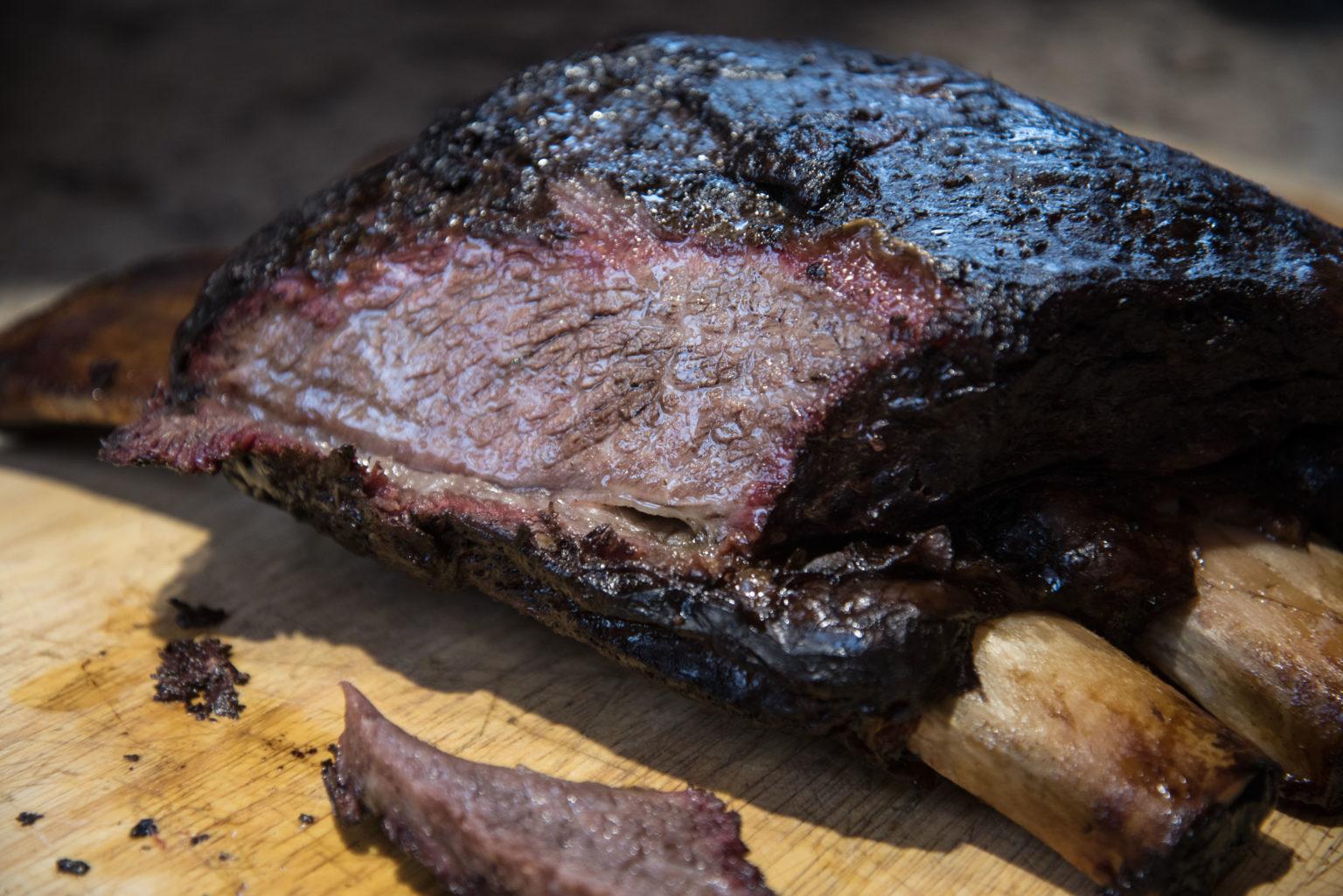 BARBECUE AMERICANO: BEEF RIBS