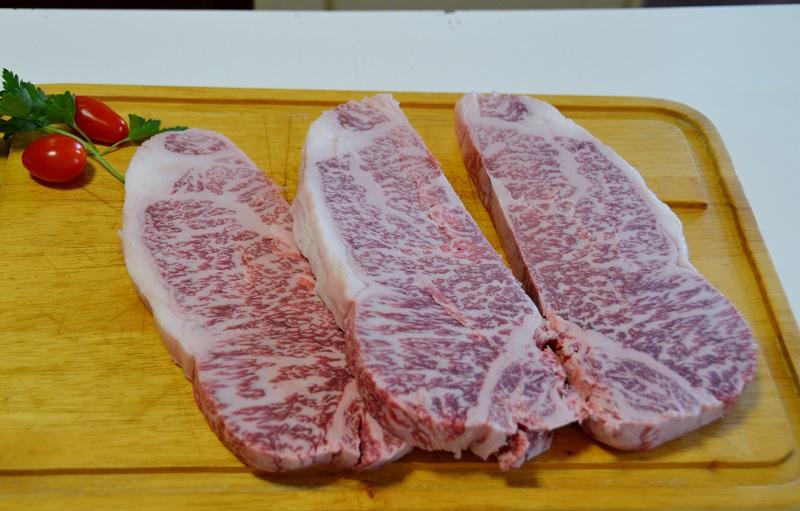 CARNE DI KOBE: La tipica marezzatura della carne
