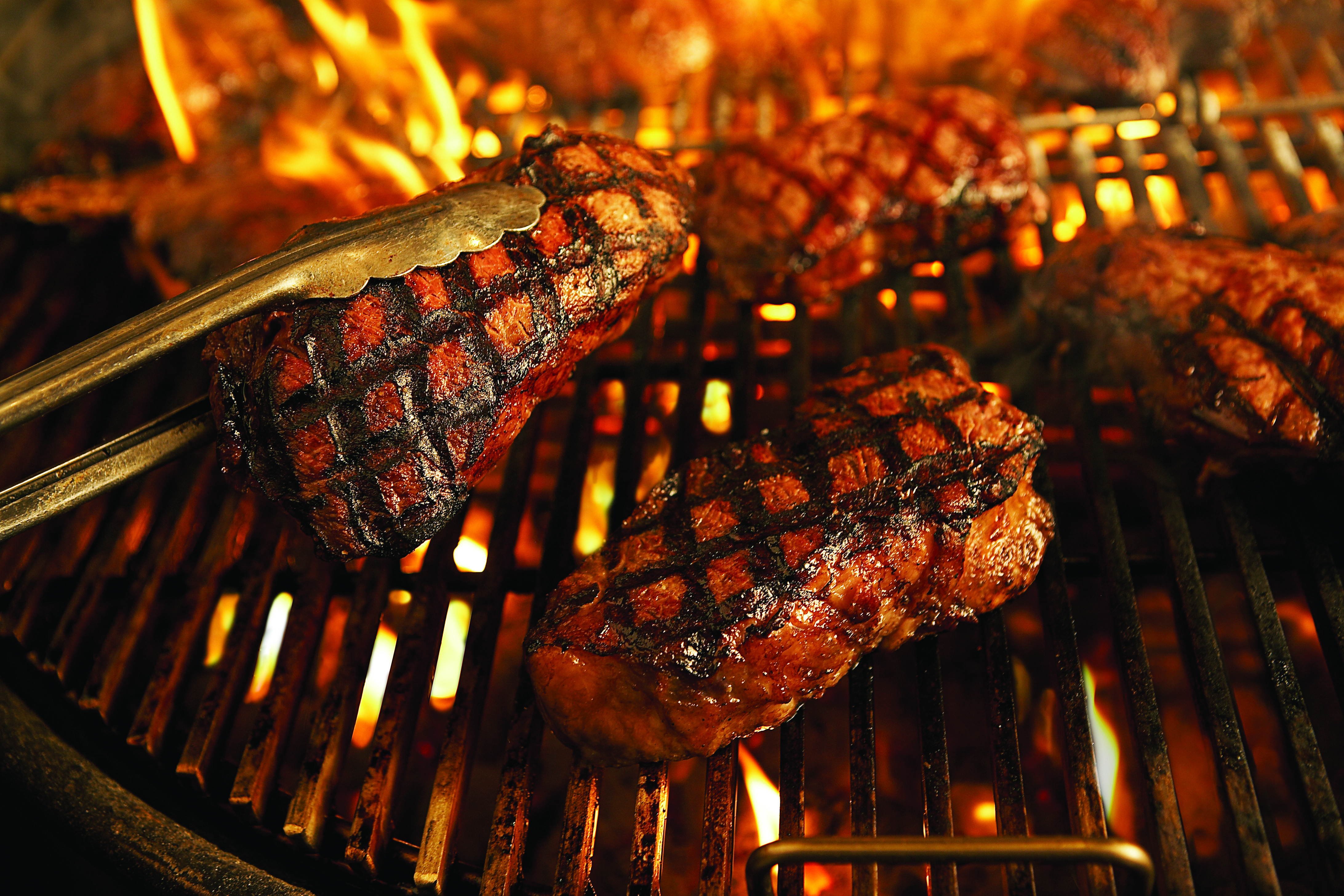 MeatOnGrill_4
