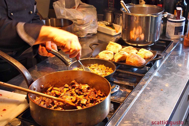 STREET FOOD AL MERCATO DI PALERMO