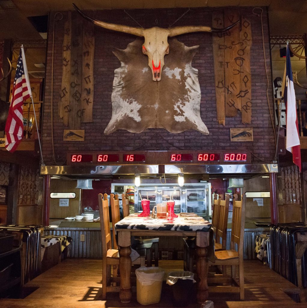 steakhouse texas interior arredamento bbq ribs